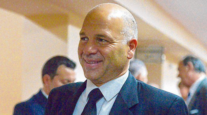 acusador. El fiscal Carlos Covani imputó al comerciante de una saga de amenazas y un hecho de abuso de armas.