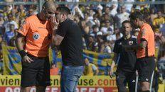 Abal ya dirigió tres clásicos y todos terminaron en empates. El primero fue 2-2 en el 2009 en el Parque, en 2010 finalizó 1-1 en el Gigante y 0-0 en 2015 también en Arroyito(foto).