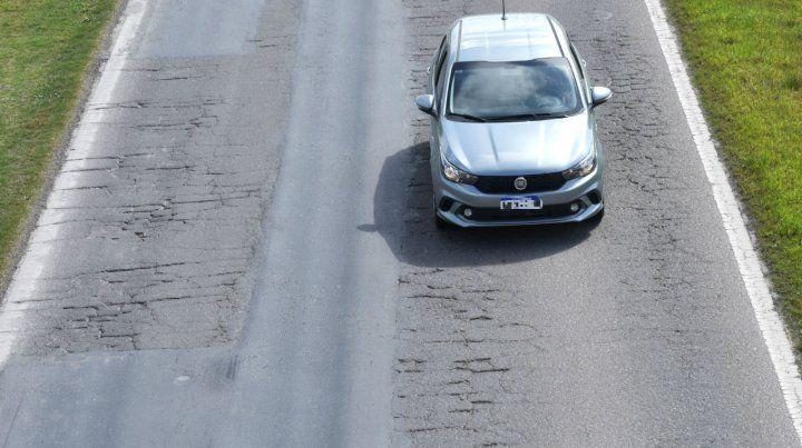 Crecen las denuncias por el mal estado de la autopista Rosario - Córdoba