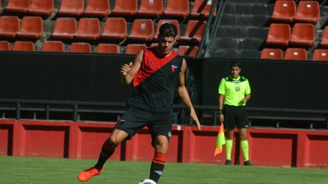 El defensor exNewells Guillermo Ortiz