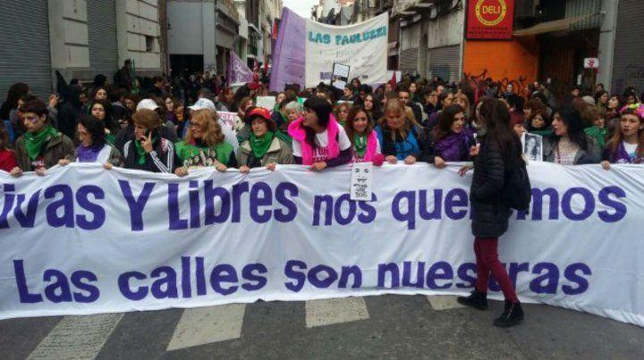 Una de las marchas en contra de la violencia machista en Rosario.