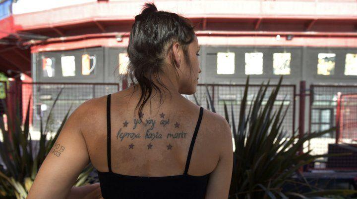 Abril Escalante. ...hasta morir promete en uno de sus cuatro tatuajes.