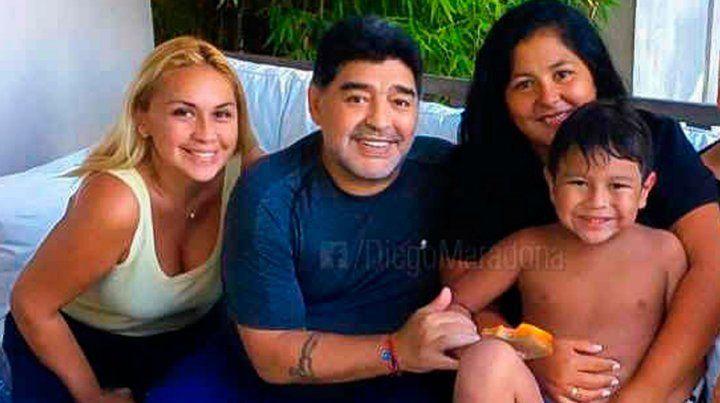 Las primeras imágenes de Diego Maradona y Verónica Ojeda juntos en México