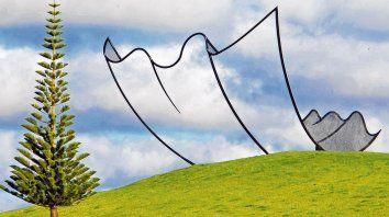 Junto al mar. La gran colección de arte al aire libre del Parque de esculturas Gibbs Farm incluye trabajos de Ralph Hotere, Chris Booth y Anish Kapoor, todos coleccionados por el filántropo y mecenas Alan Gibbs..