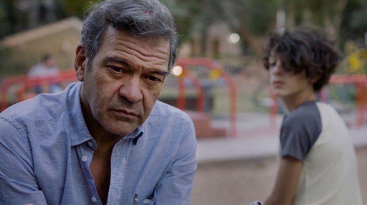 Multifacético. César Bordón se lució en la serie de Luis Miguel y protagoniza El tío