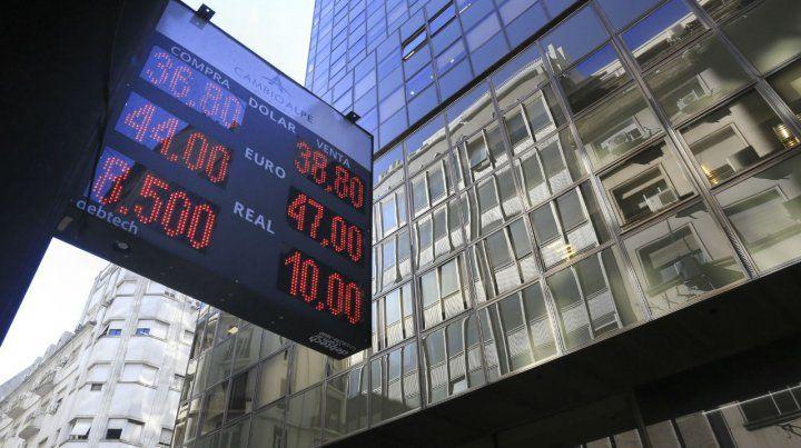 Arriba. El Banco Central compró ayer u$s25 millones.