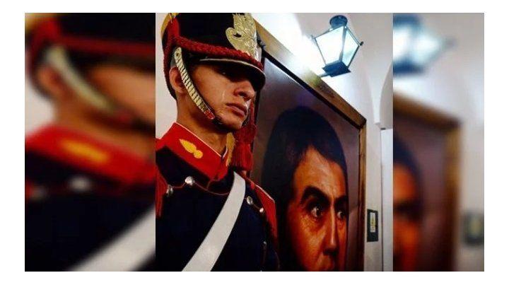 La historia del granadero que lloró al ver un cuadro de San Martín