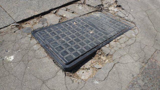 Se hizo hincapié en las porciones dañadas del piso de las áreas céntrica y en el estado de las cajas de agua y de otros usos.