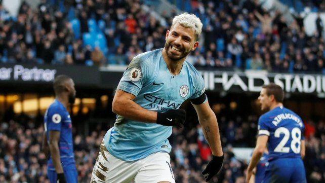 Agüero hizo tres en la histórica goleada del City al Chelsea