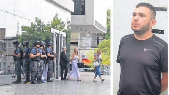 Despliegue. Alvarado (der.) fue trasladado desde la cárcel de Piñero en un riguroso dispositivo de seguridad.