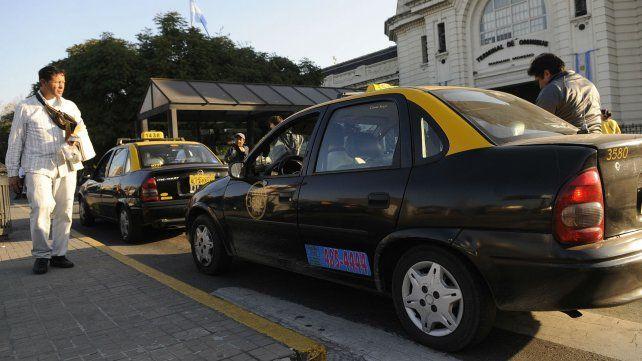 Cursos con mirada de género para choferes de taxis