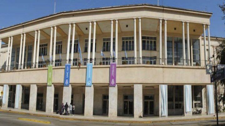 La Facultad de Medicina de la Universidad Nacional de Córdoba.