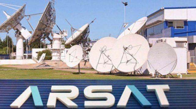 Arsat 2. El gobierno abandonó el Arsat 3 y paga siete millones de euros.
