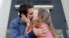 Es un día para poner en palabras el amor, besarse más y agasajar al otro.