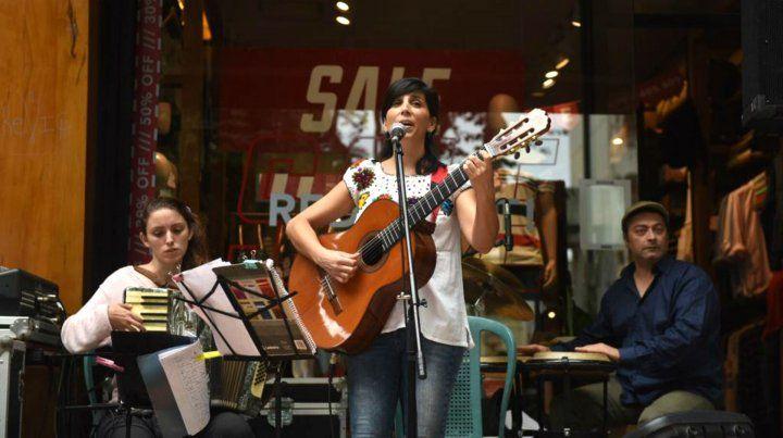 Intervenciones de cine, música y poemas para celebrar el Día de los Enamorados