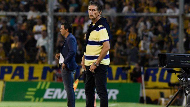 Gallardo contó de qué hablaron con el Patón durante el partido
