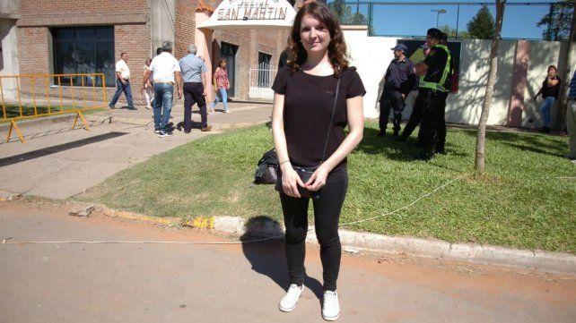 Virginie es una periodista de Francia que llegó a Progreso para cubrir el sepelio de Sala