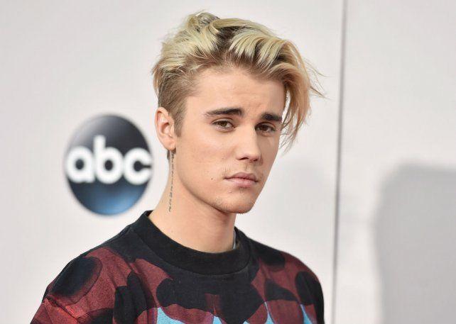 Justin Bieber debió retrasar su boda porque está deprimido