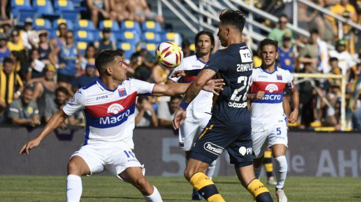 Central jugó mal y no encontró los caminos, Tigre fue pragmático y le ganó 2 a 0