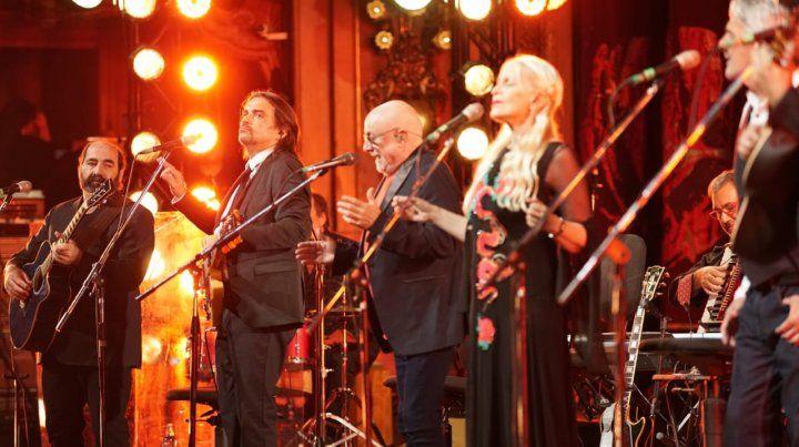 La Trova Rosarina en formato sinfónico hizo vibrar y emocionar al Colón