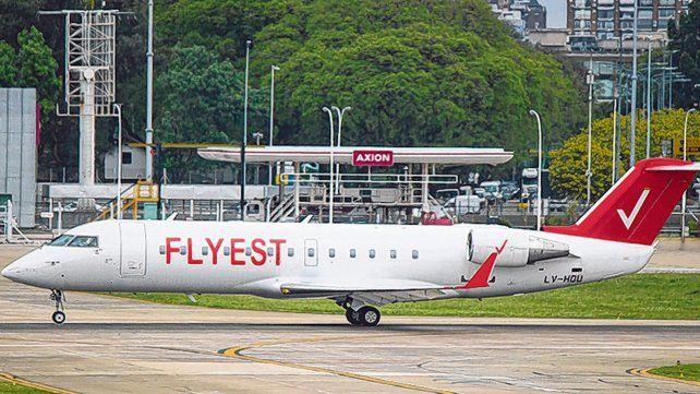 La nave tiene 50 plazas. Flyest es propiedad del grupo Ilai, de la española Air Nostrum, con sede en Valencia.