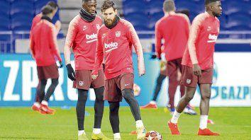 Clave. Lyon apuntará todos sus cañones a superpoblar la zona donde se mueve Messi para poder disminuir su poderío, aunque sabe que si la Pulga quiere puede ser imparable.
