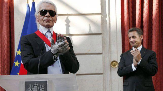 El icónico modisto Karl Lagerfeld murió a los 85 años