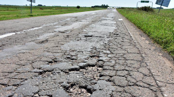 Crece el número de usuarios que no pagan peaje por el estado de la autopista a Córdoba