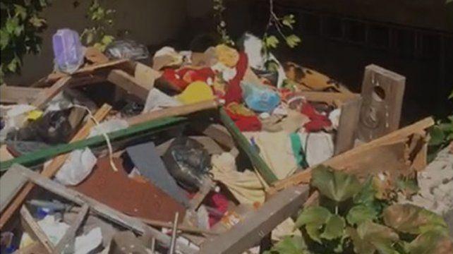 Los videos que muestran el basural a metros de avenida Pellegrini