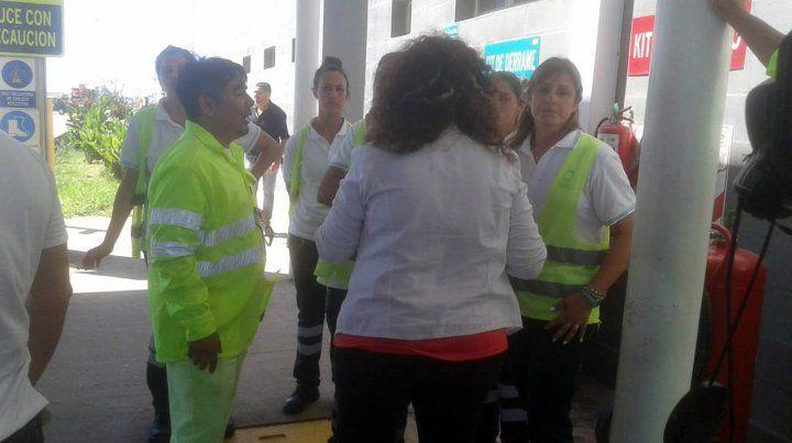 La intendenta de Carcarañá clausuró el polémico peaje de la autopista a Córdoba