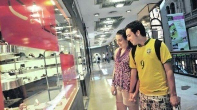 Viajeros. Los turistas brasileños lideran el ránking de visitantes al país.