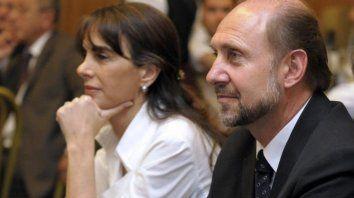 PJ. María Eugenia Bielsa y Omar Perottipelearán la candidatura.