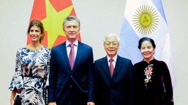 Familia. Macri y Nguyen Phu Trong