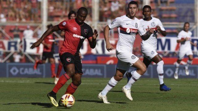¿El último partido? El portugués fue titular frente a San Lorenzo y no logró desnivelar ni con goles ni en el juego. El equipo chileno lo quiere para jugar la Copa Libertadores.