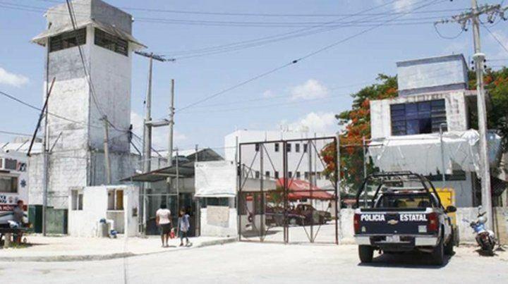 Penal de Benito Juárez. Con teléfonos celulares escondidos en sus calabozos hacían secuestros virtuales.