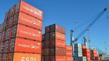 Desbalanceado. Salvo en productos primarios y MOA, las exportaciones retrocedieron en todos los rubros.