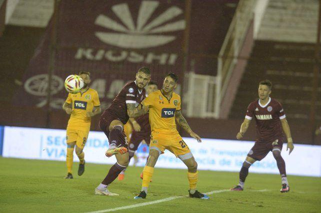 Central se perdió en su impotencia y Lanús le ganó 2 a 0 con claridad