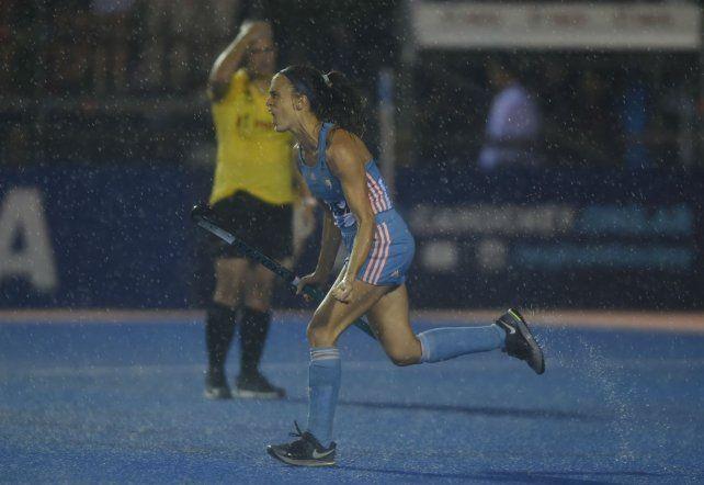 Siempre rinde. Rebecchi le dio la victoria a Argentina por 4 a 3 en los shootouts.