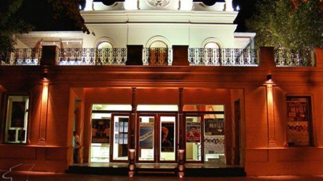 El teatro Dante. Forma parte de una especie de red cultural de salas.