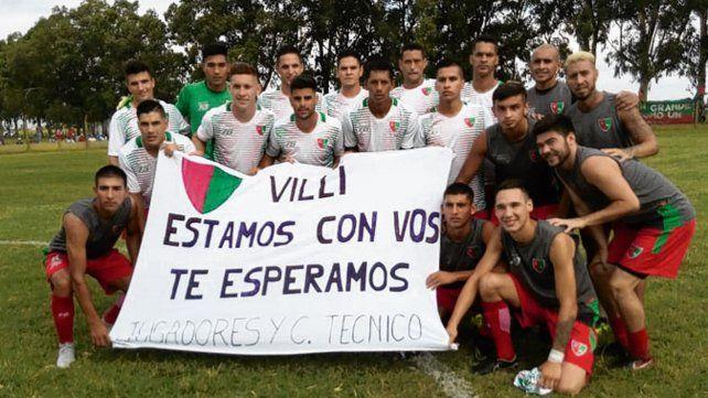 Para el DT. Los jugadores rojiverdes recordaron a Villi Trebino