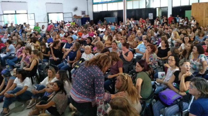 Los docentes rosarinos proponen no iniciar las clases en rechazo a la propuesta provincial