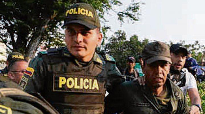 Miedo. Policías venezolanos.