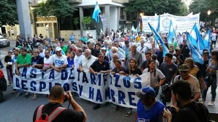 frente común. Dirigentes de distintas organizaciones se juntaron para repudiar los tarifazos.