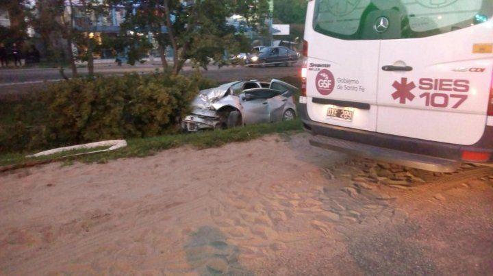 Identificaron al conductor que murió al chocar contra un árbol