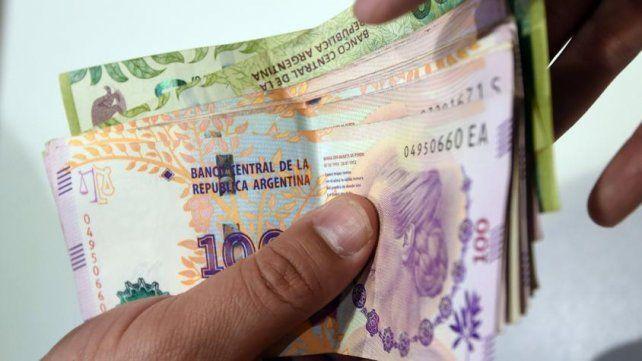 Adelantan para mañana el aumento en el Salario Mínimo, Vital y Móvil
