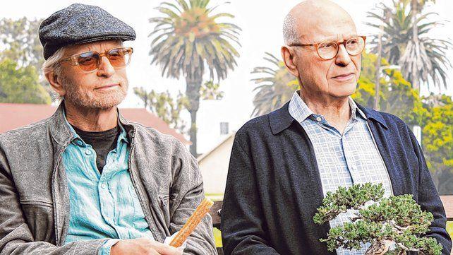 globo de oro. La premiada serie El método Komisky es protagonizada por Michael Douglas y Alan Arkin.
