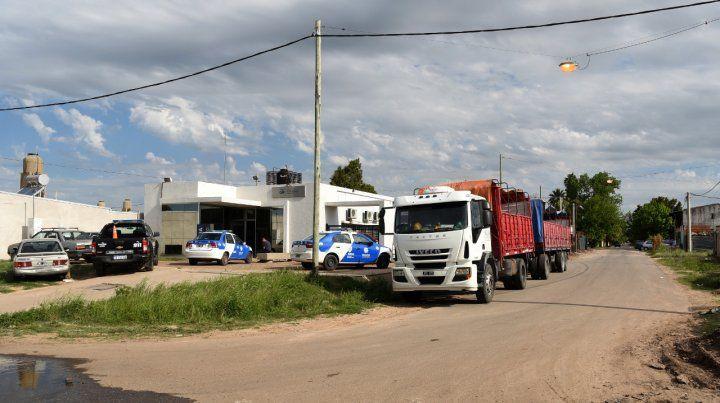 Estacionado. El camión donde fue atacado el chofer ahora condenado.