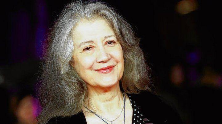 Colega. La pianista Martha Argerich fue elogiada por Barenboim.