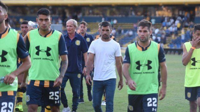 El DT. El Loncho mira hacia adelante tras el 0-0 con Belgrano. Ojeda y Diego Becker