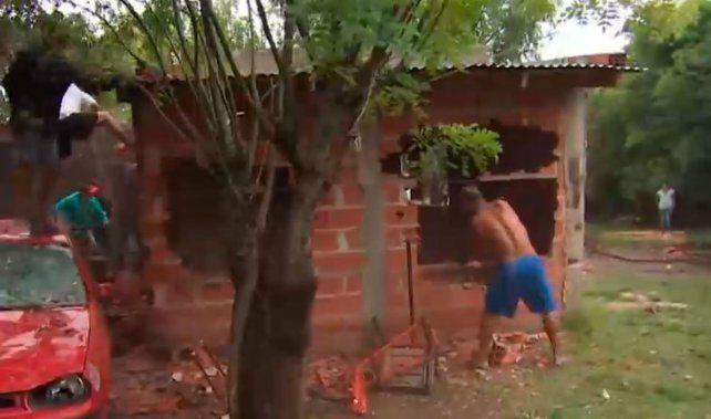Demolieron la casa donde fue asesinada y violada una nena de cuatro años